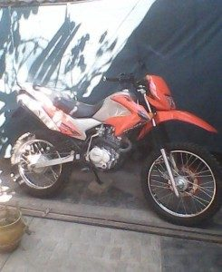 1326661442_300367015_1-vendo-mi-moto-xr-250-off-road-radial-17-121-245x300